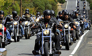 Conducción en grupo motociclistas